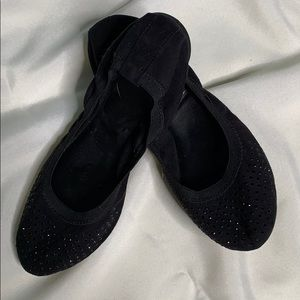 Black flat with black detail